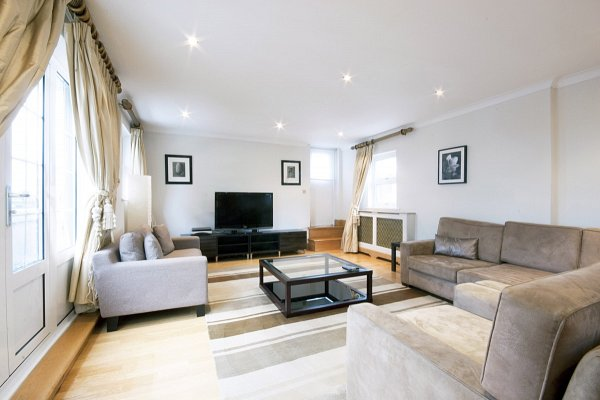Chesham Court, Chesham Place, SW1X 8HJ